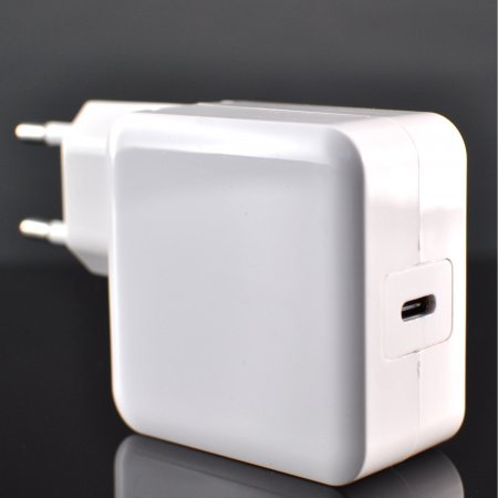 New Apple 29W Type C Power Adapter for MacBook (2015 or later) APPLE  16.00 euro - satkit